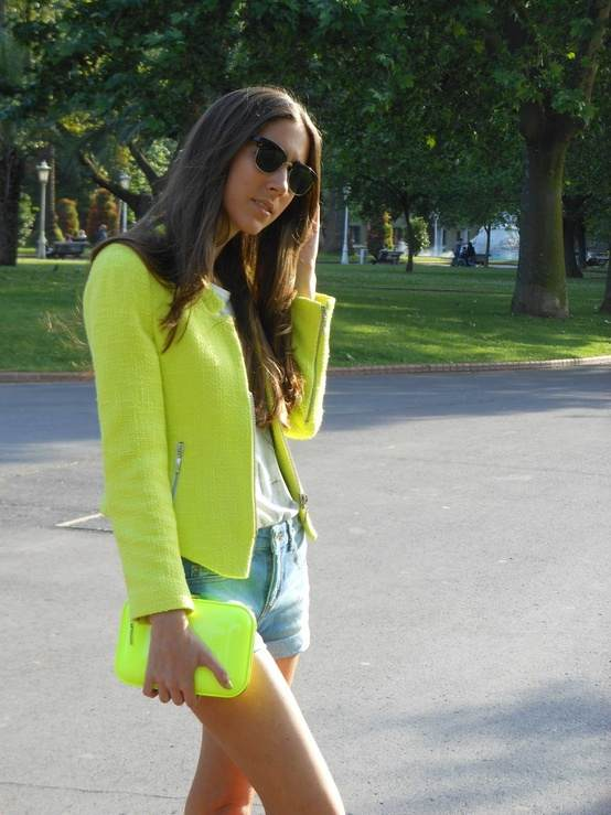 Neon Is An Attractive Color And This Season (10)