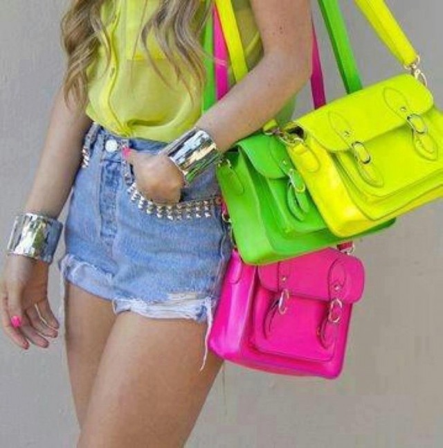 Neon Is An Attractive Color And This Season (12)