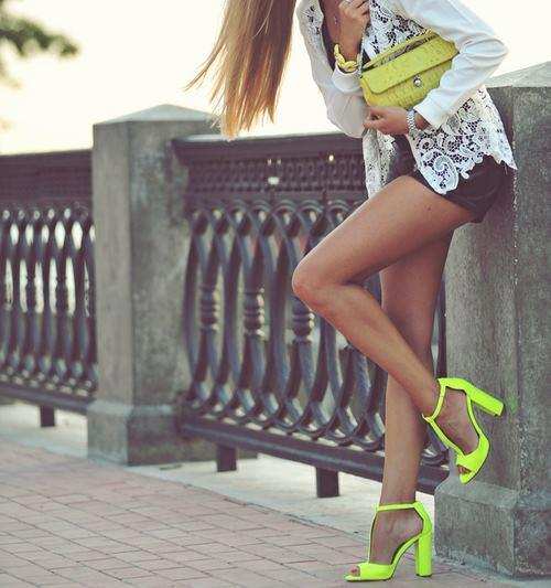 Neon Is An Attractive Color And This Season (4)