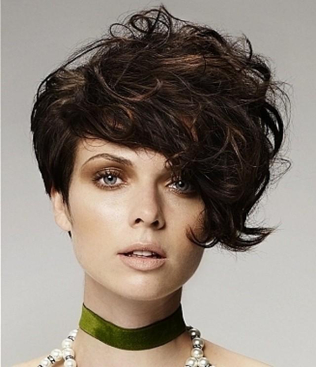 SHORT HAIR STYLE (2)