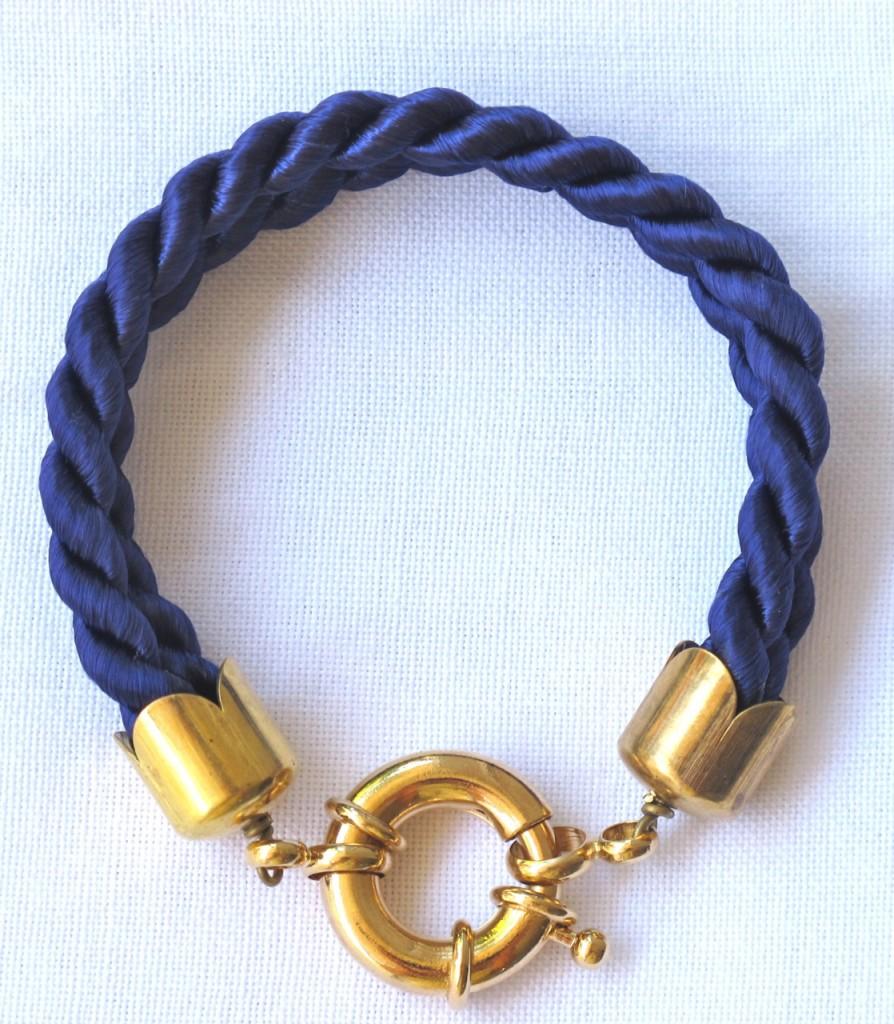Trendy Handmade Bracelets (3)