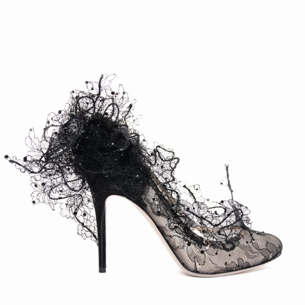 Valentino Spring 2010 Philip Treacy Lace Heels (11)