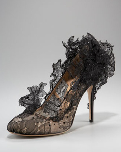 Valentino Spring 2010 Philip Treacy Lace Heels (8)