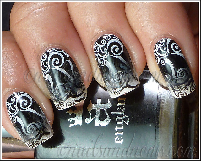 black and white manicure ideas (33)