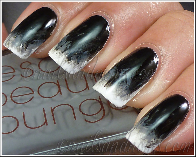 black and white manicure ideas (34)