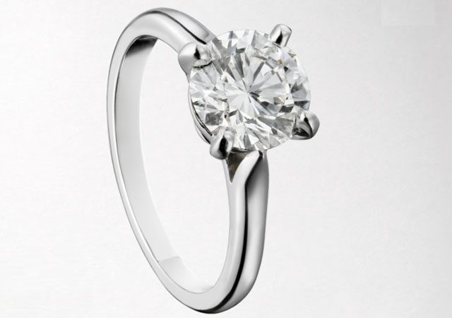 platinum-diamond-ring