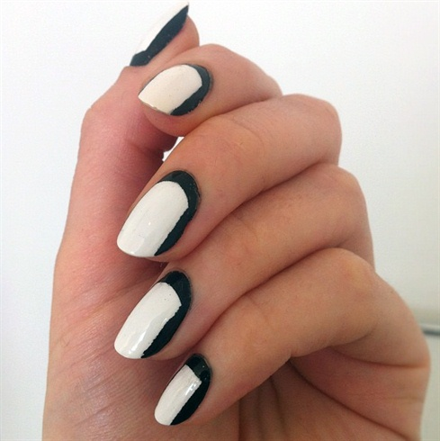 Amazing Retro Nails Design (12)