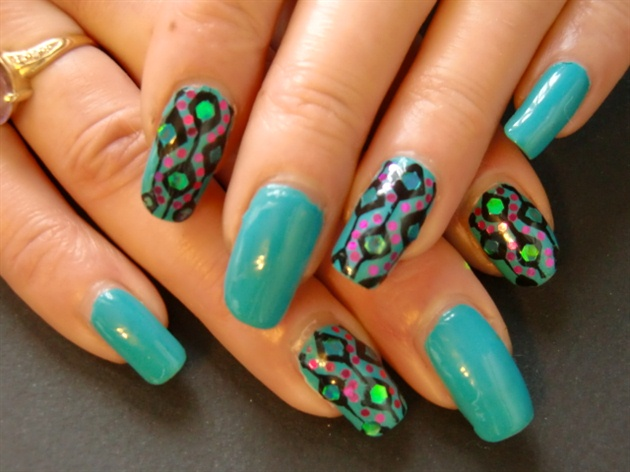 Amazing Art Design : Amazing retro nail designs