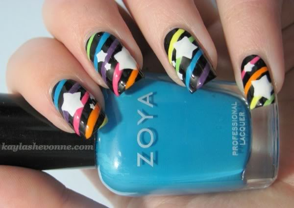 Amazing Retro Nails Design (41)