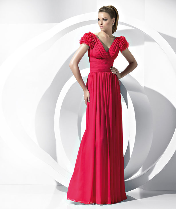 40 Stunning Colorful & Decent Evening Dresses