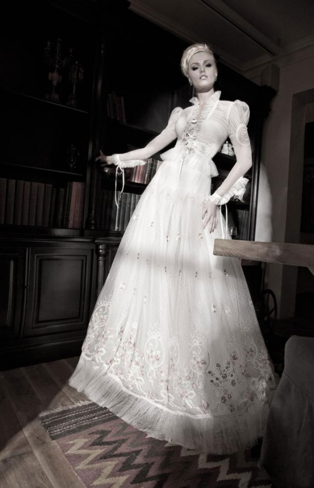 GALIA LAHAV WEDDING DRESS (6)