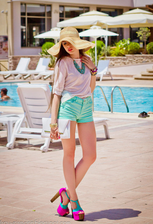 10 Trendy Menta Street Style Outfits (7/10)