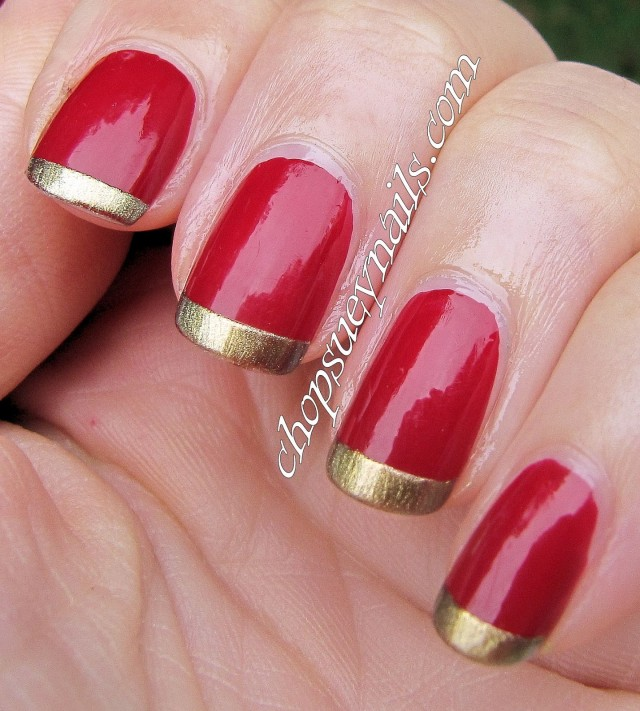 Nails With Golden Designs (10)