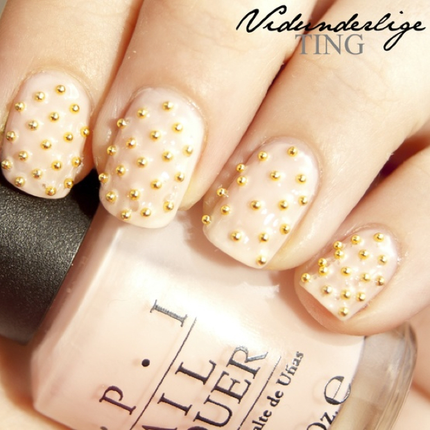 Nails With Golden Designs (28)