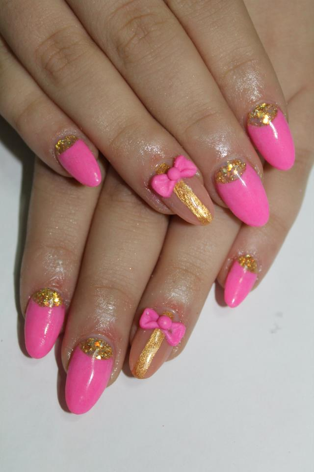 Nails With Golden Designs (7)