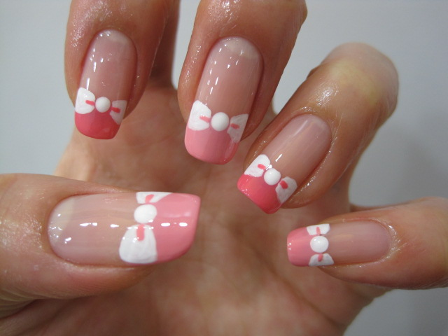 Nails with bows (10)