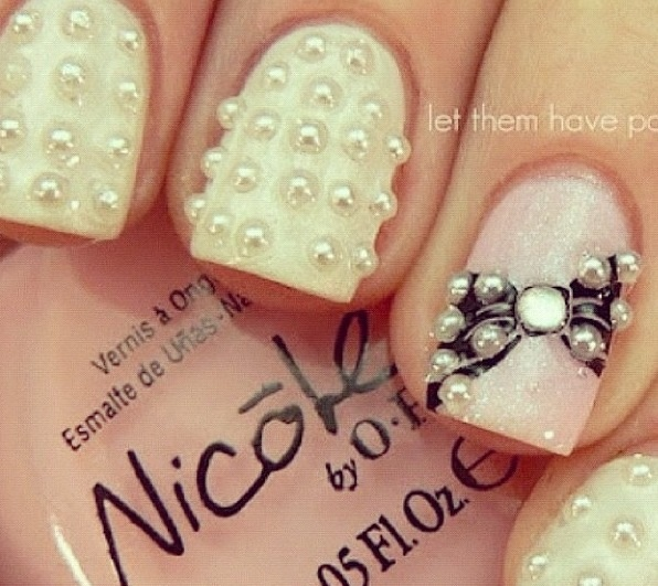 Nails with bows (12)