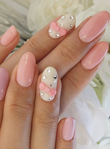 Nails with bows (15)
