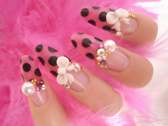 Nails with bows (16)