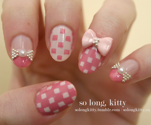 Nails with bows (18)