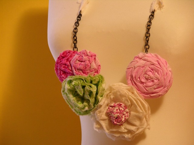 fabric flower neckalce