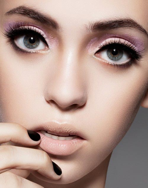 Pretty Makeup With The Eye Glitters 2052994: 17 Pretty Makeup Ideas With Pastel Colors