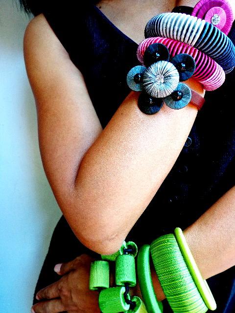 01Bangle bracelet