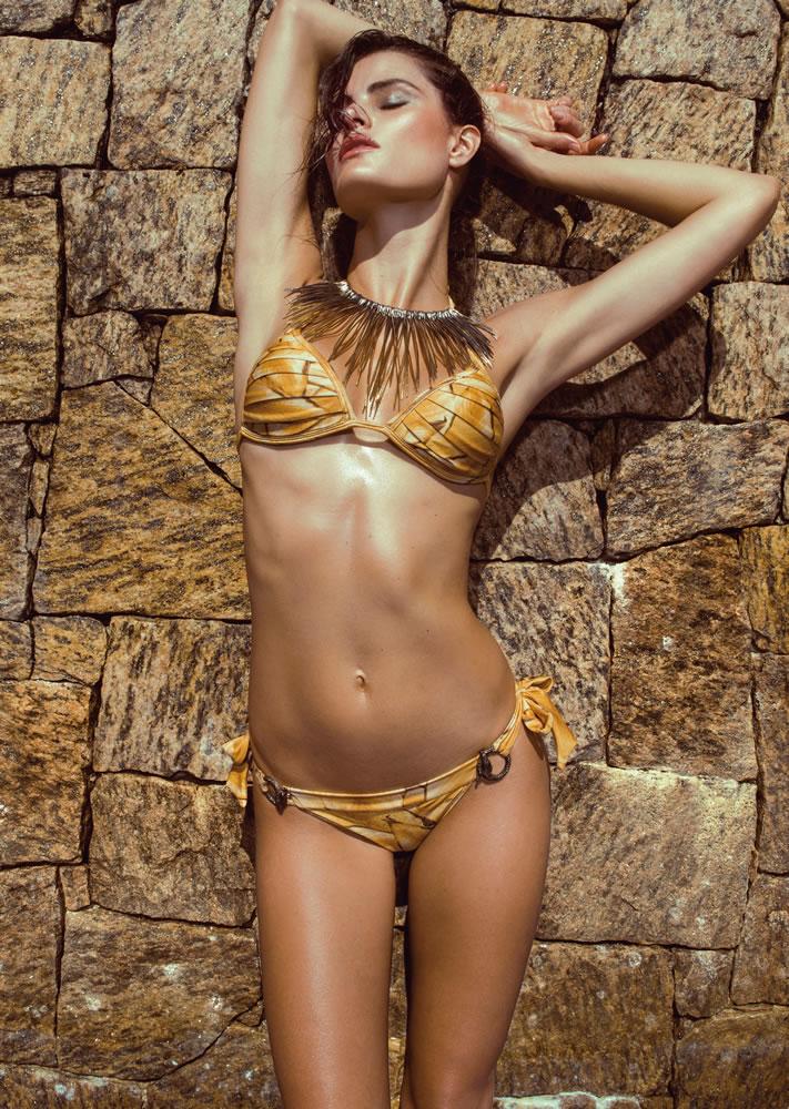 ISABELI FONTANA FOR  MORENA ROSA BEACH FALL 2013 CAMPAIGN (18)