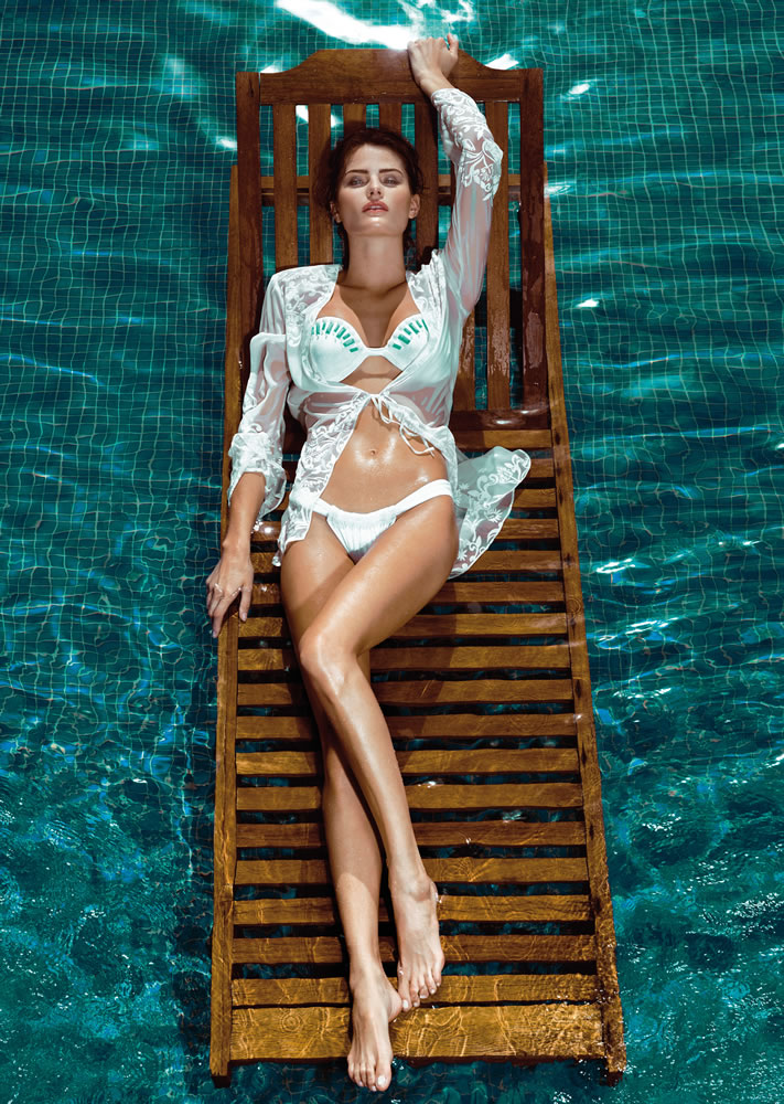 ISABELI FONTANA FOR  MORENA ROSA BEACH FALL 2013 CAMPAIGN (3)
