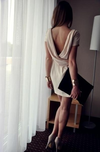backless (1)