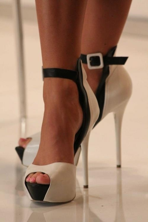 Shoes for men online High heels for womens