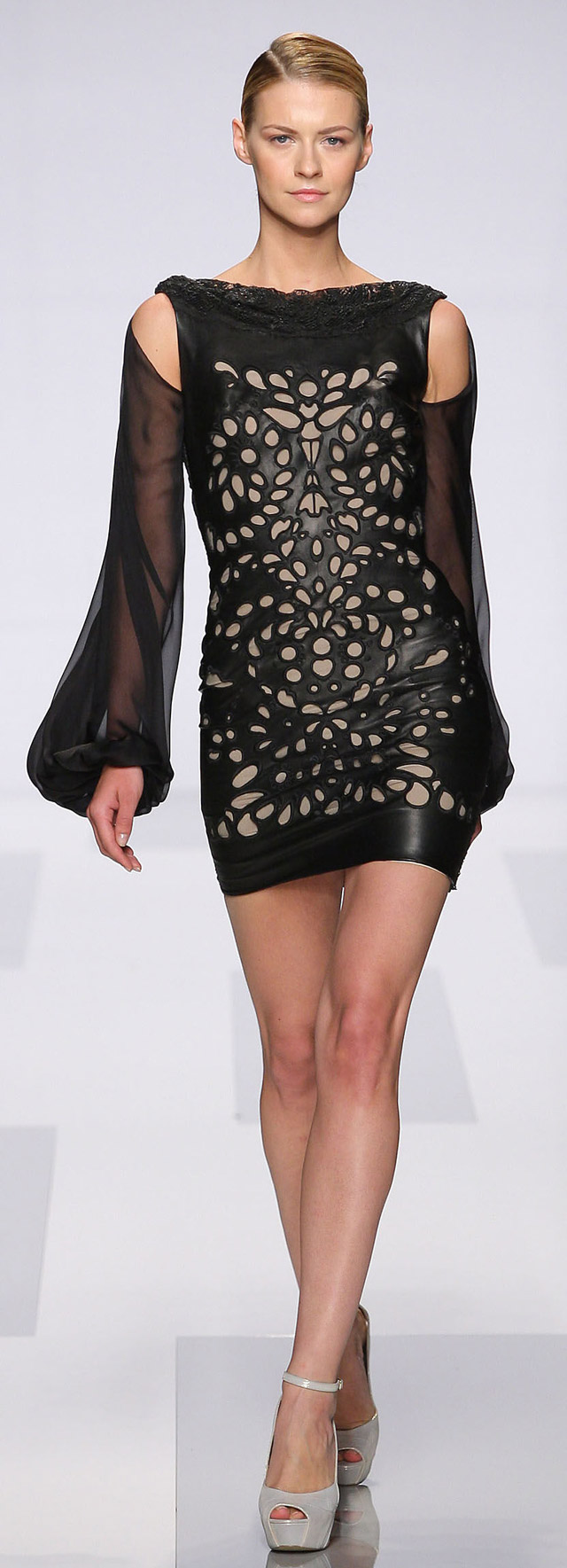 TONY WARD  COUTURE  FALL-WINTER 2013-2014 (12)