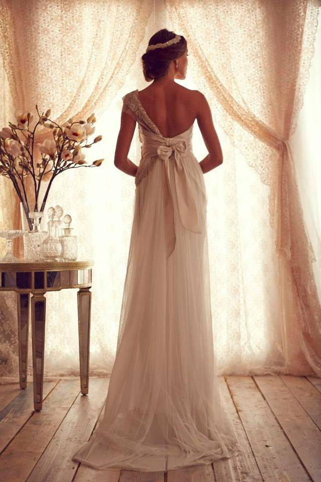 Wedding dresses Anna Campbell  (4)
