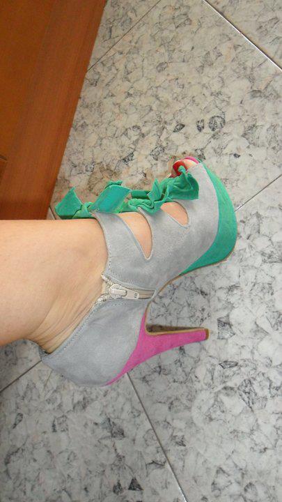 إختاري حذاءًكٍ الأنيق shoes-15.jpg