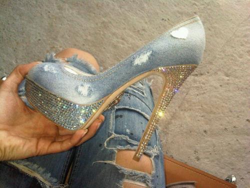 إختاري حذاءًكٍ الأنيق shoes-8.jpg