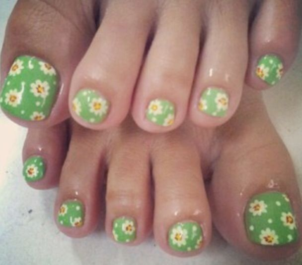 toe nails (6)