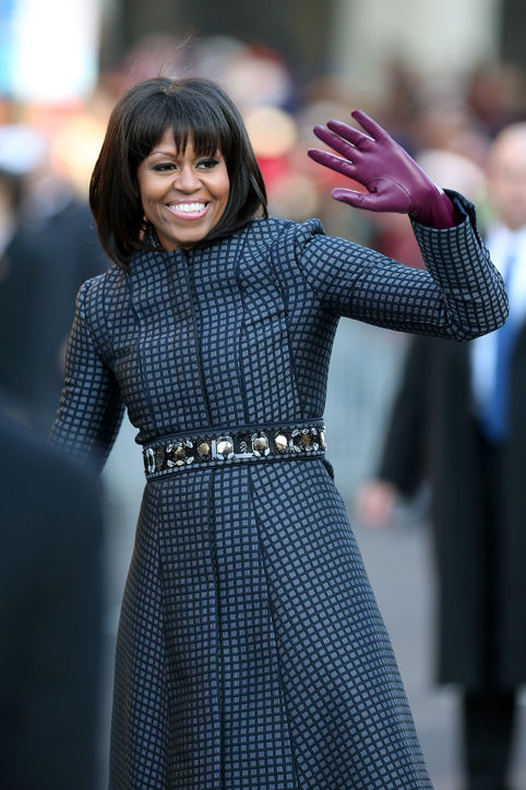 04-michelle-obama-bangs-haircut-celebrity-beauty-h724