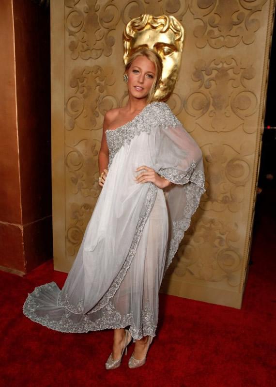 Blake-Lively-Evening-Dress-2011-04