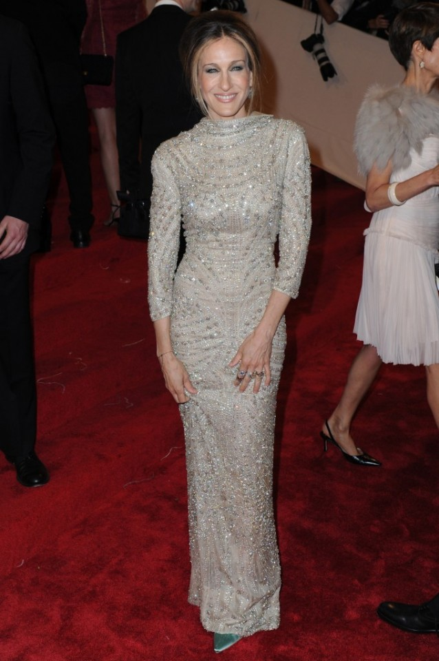 Diamonds-Crusted-Sarah-Jessica-Parker-Dress