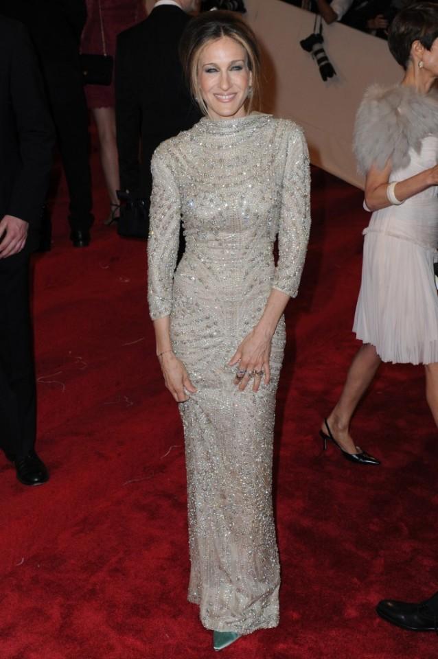 Diamonds-Crusted-Sarah-Jessica-Parker-Dress