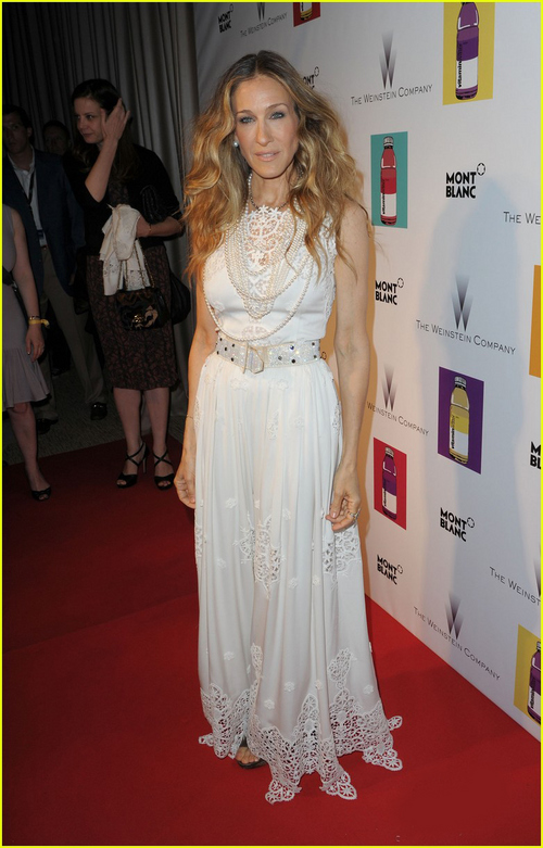 White-Lace-Sarah-Jessica-Parker-Dress