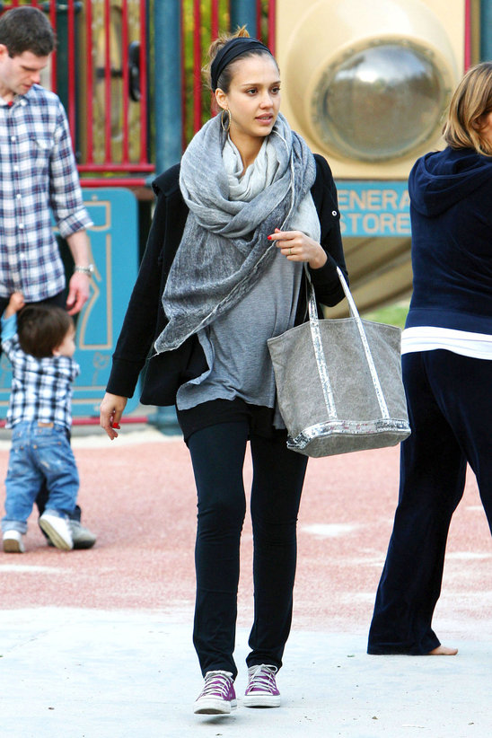 celebrity_street_style_convert_to_converse (3)