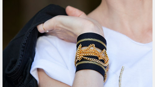 diy-zipper-bracelet-photo-close-up