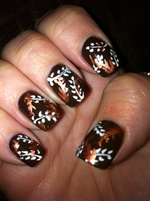 leaves-fall-nails
