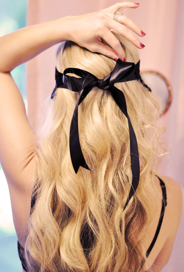 long wavy blonde hair  - beach waves - black bow