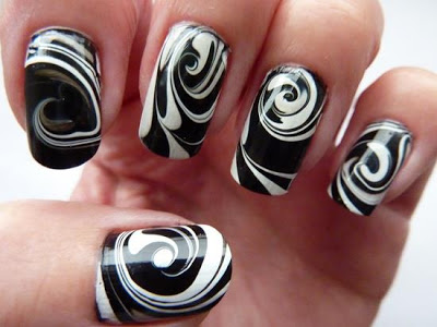 lush-fab-glam.com-black-and-white-nail-art-design-
