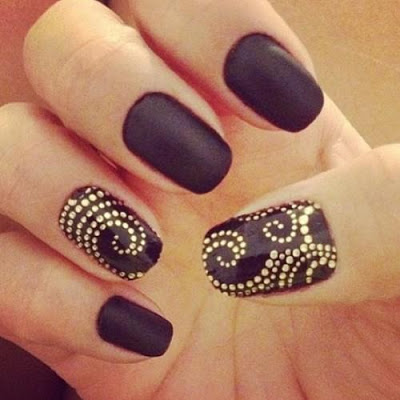 Lush fab glam com black nail art design 2