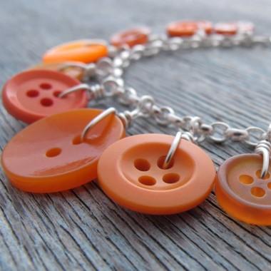 milomade-orange-button-bracelet-01-380x380