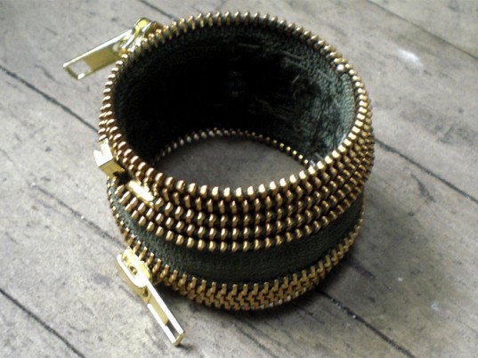 tara-st-james-diy-zipper-bracelet-537x402