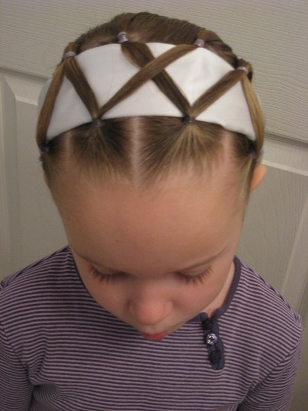 25-Creative-Hairstyle-Ideas-for-Little-Girls-32